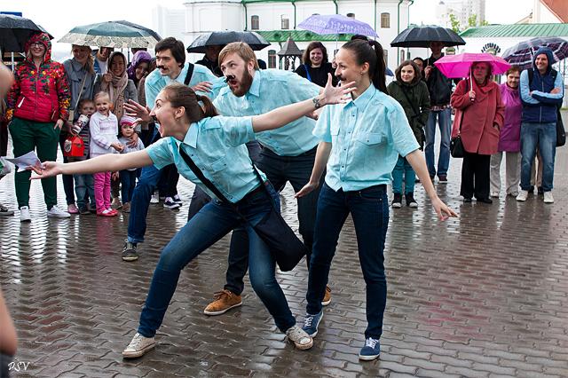 Фестиваль уличных театров в Минске